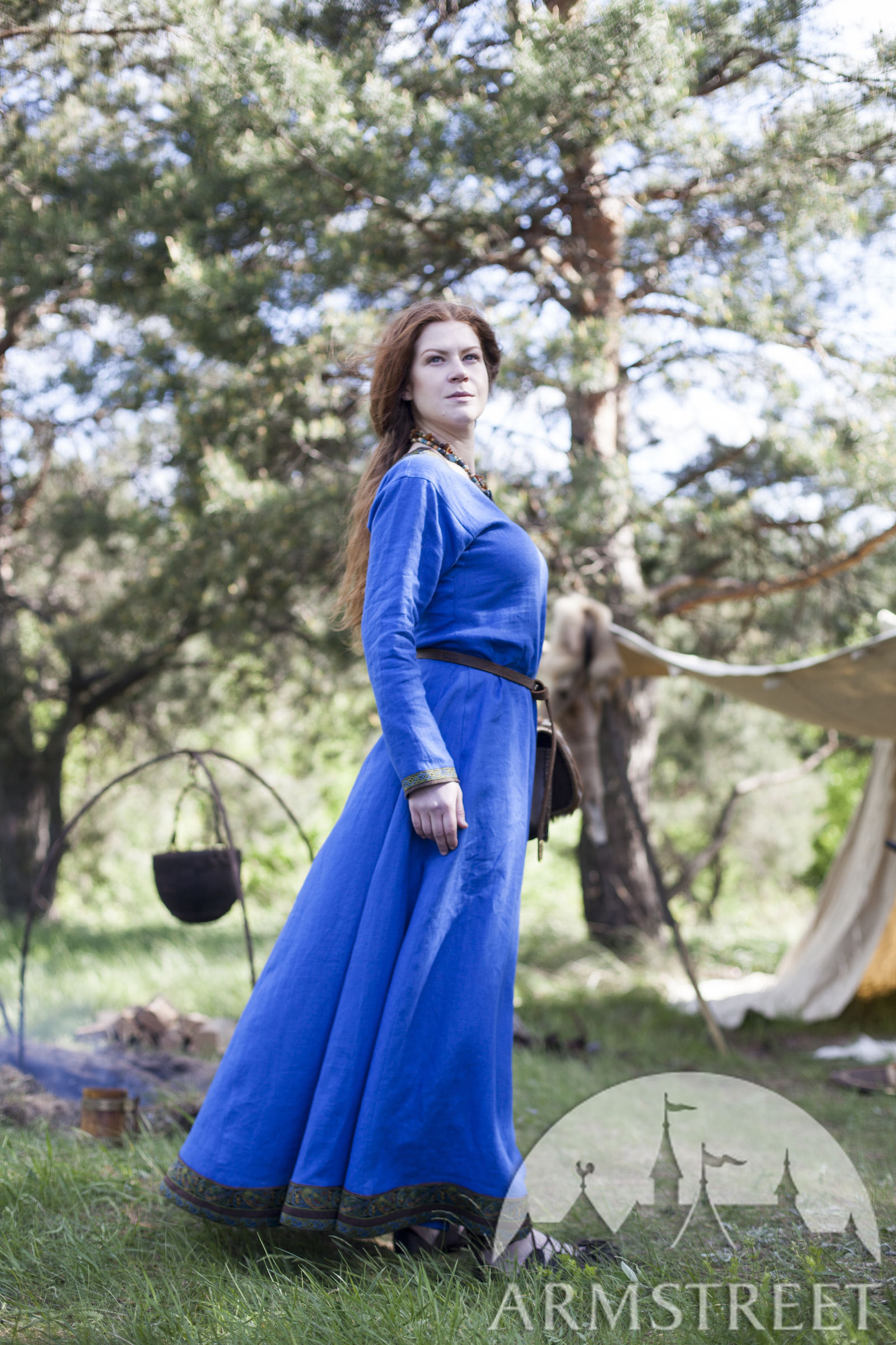 naturel vert lin du la » lin avec ancienne lin en brun tablier Ingrid vendre Disponible à viking lin « Maîtresse lin bleu Robe vert foyer lin bleu x8RwBY